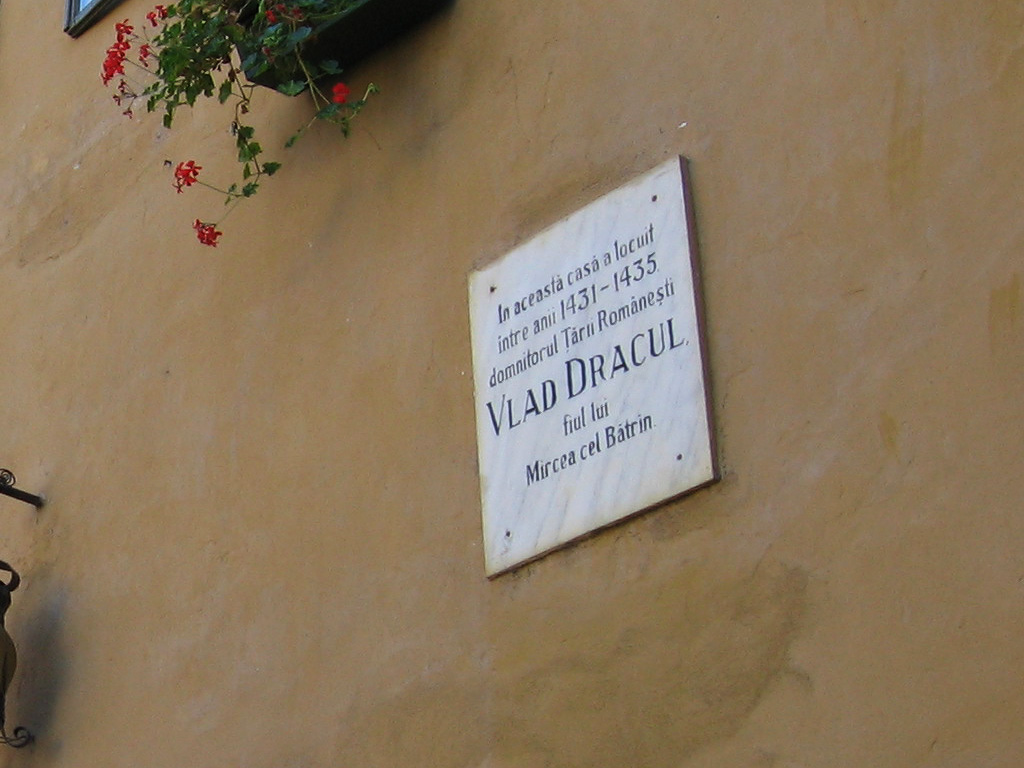 05-restaurant-casa-vlad-dracu-draculas-childhood-home